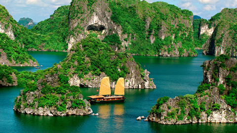 HA LONG BAY 3 DAYS  2 NIGHTS SLEEP ON THE BOAT