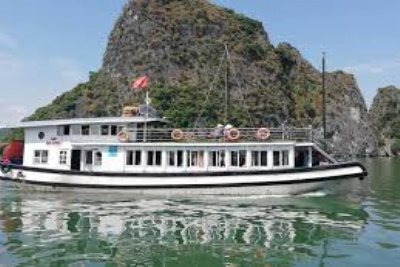 HA LONG BAY 6 HOURS CRUISE - CLASSIC TOUR